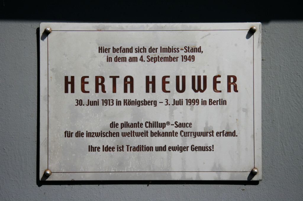 A close up of the plaque commemorating Hertha Heuwer, the creator of Currywurst, in Berlin