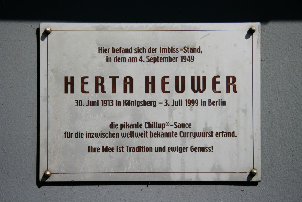 A close up of the plaque commemorating Herta Heuwer, the creator of Currywurst, in Berlin