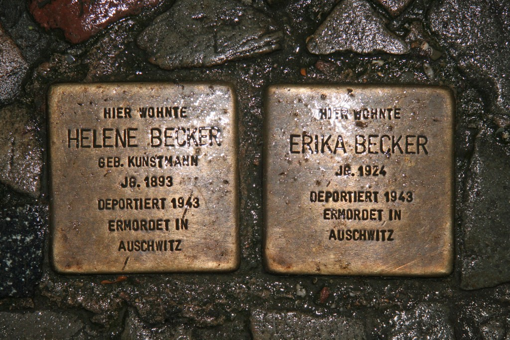 Stolpersteine 10: In memory of Helene Becker and Erika Becker (Stargarder Strasse 6) in Berlin