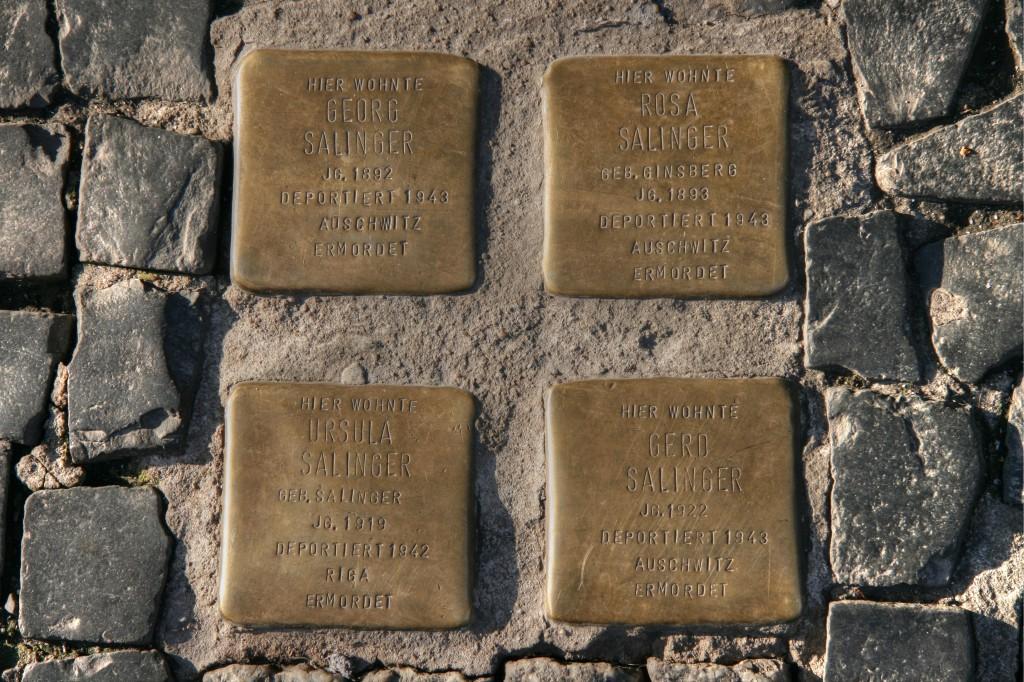 Stolpersteine 15: In memory of Georg Salinger, Rosa Salinger, Ursula Salinger, Gerd Salinger (Café Cinema - Rosenthaler Strasse) in Berlin