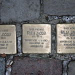 Stolpersteine 31: In memory of Erich Jacobi, Ruth Jacobi and Meta Jacobi (Marienburger Strasse 48) in Berlin