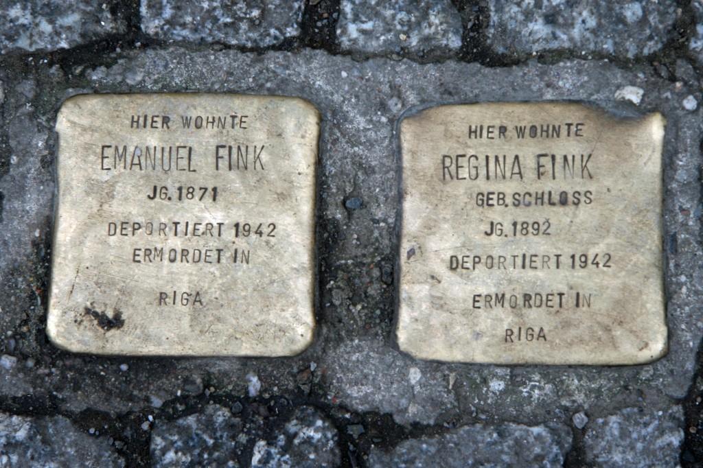 Stolpersteine 33 (2): In memory of Emanuel Fink and Regina Fink (Grosse Hamburger Strasse 30) in Berlin