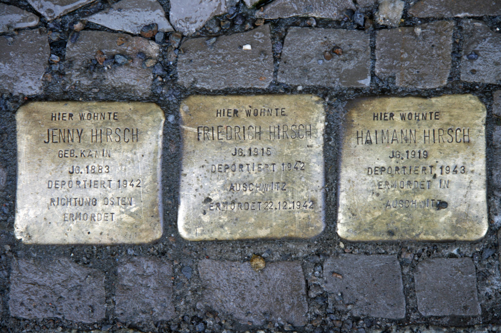 Stolpersteine 37: In memory of Jenny Hirsch, Friedrich Hirsch and Haimann Hirsch (Gipsstrasse 8/9) in Berlin