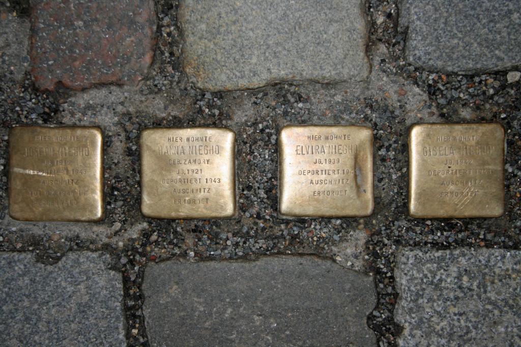 Stolpersteine 41: In memory of Joseph Niegho, Hanna Niegho, Elvira Niegho and Gisela Niegho (Neue Schönhauser Strasse 15) in Berlin