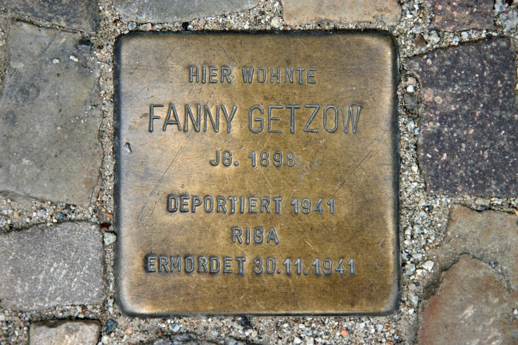 Stolpersteine 62: In memory of Fanny Getzow (Oderberger Strasse 20) in Berlin