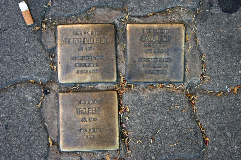 Stolpersteine 67 (2): In memory of Bertholt Feit, Sara Feit and Iro Feit (Torstrasse 89) in Berlin