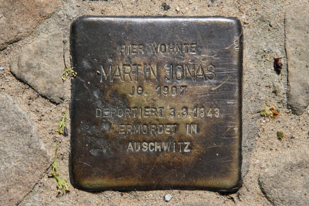 Stolpersteine 69: In memory of Martin Jonas (Auguststrasse 4) in Berlin
