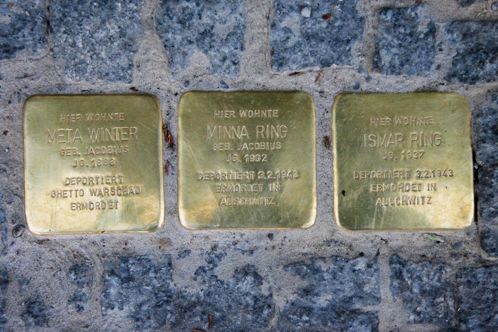 Stolpersteine 71: In memory of Meta Winter, Minna Ring and Ismar Ring (Schönhauser Allee 175) in Berlin