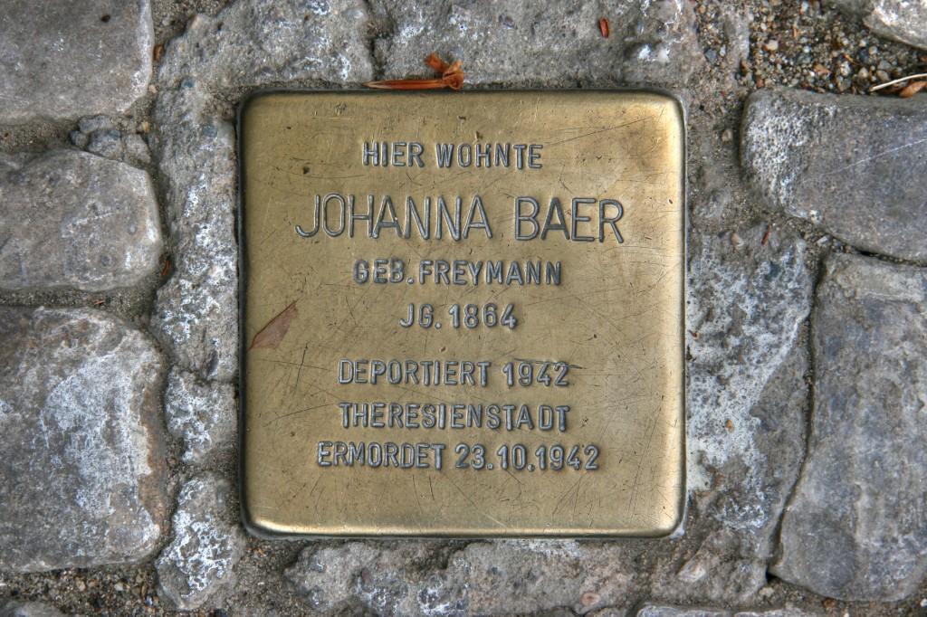 Stolpersteine 73: In memory of Johanna Baer (Dudenstrasse 32A) in Berlin