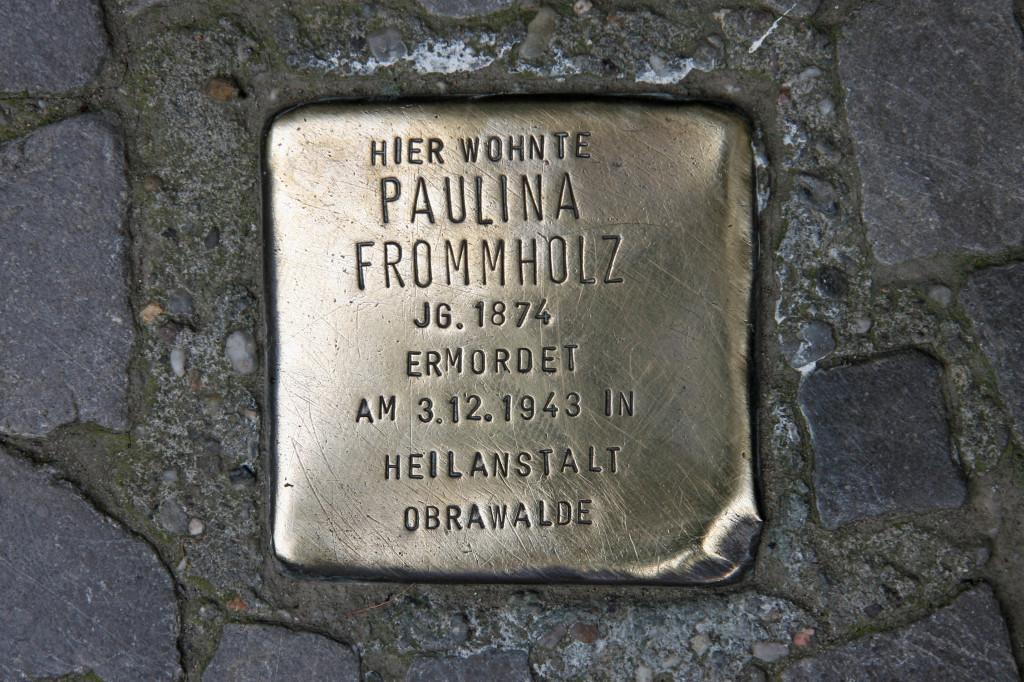 Stolpersteine 78: In memory of Paulina Frommholz (Kreuzbergstrasse 72) in Berlin