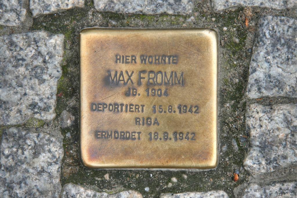 Stolpersteine 85: In memory of Max Fromm (Friedrichstrasse 30) in Berlin