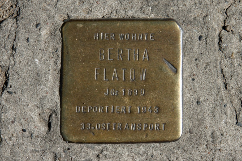 Stolpersteine 95: In memory of Bertha Flatow (Naunynstrasse 36/36a) in Berlin