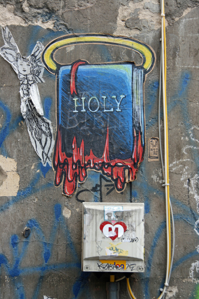 Holy-shit: Street Art by ALANIZ in Berlin