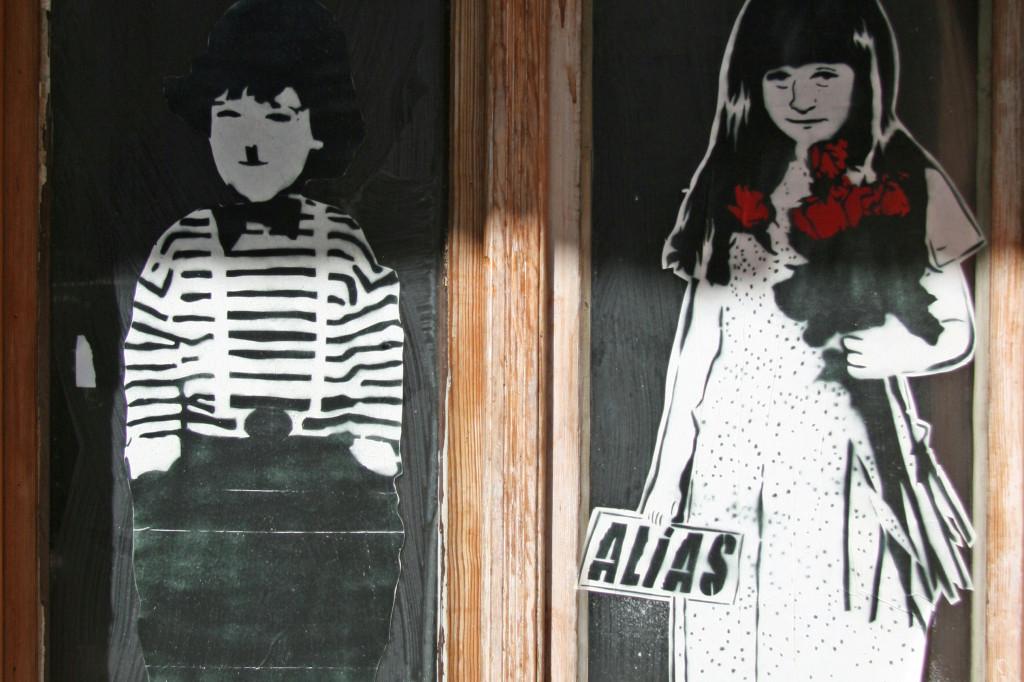 Charlie & The Devil Child: Street Art by ALIAS in Berlin