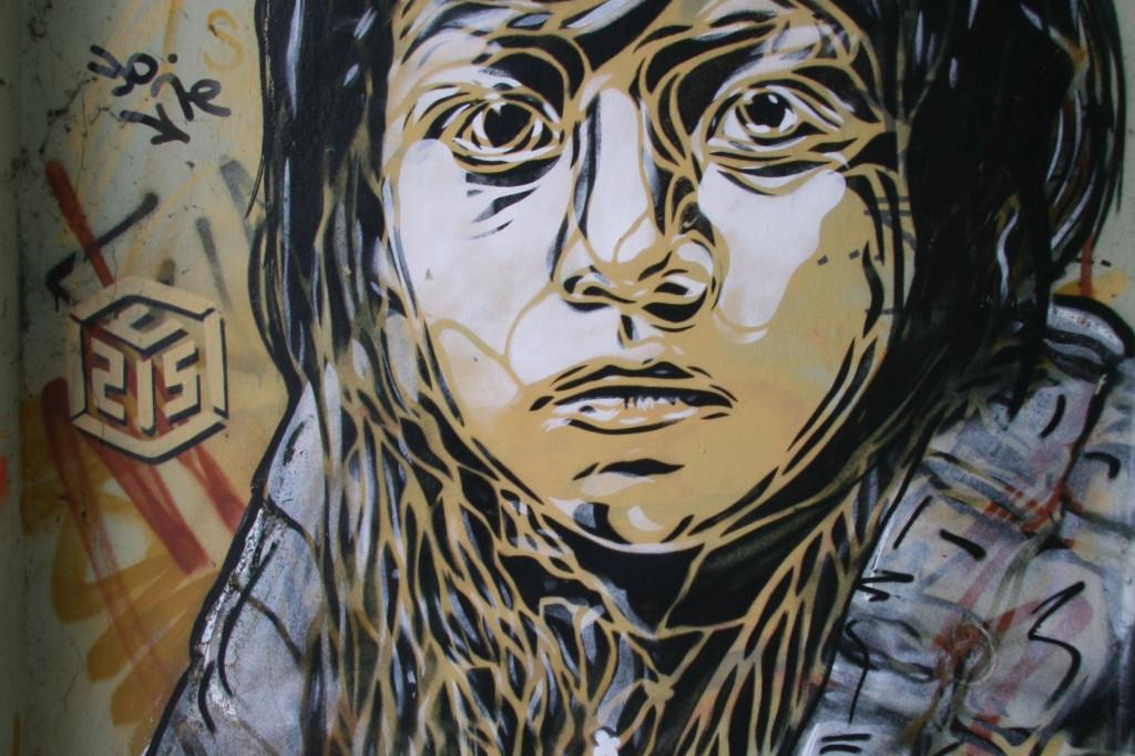 Lost Child: Street Art by C215 in Berlin