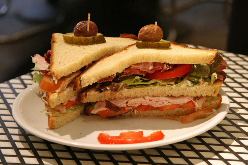 The Club Sandwich auf Kartoffelbrot (Potato Bread) at Baromi's Deli in Berlin