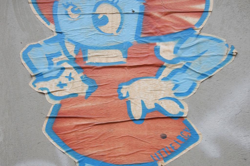 Little Lucy: Street Art by El Bocho in Berlin