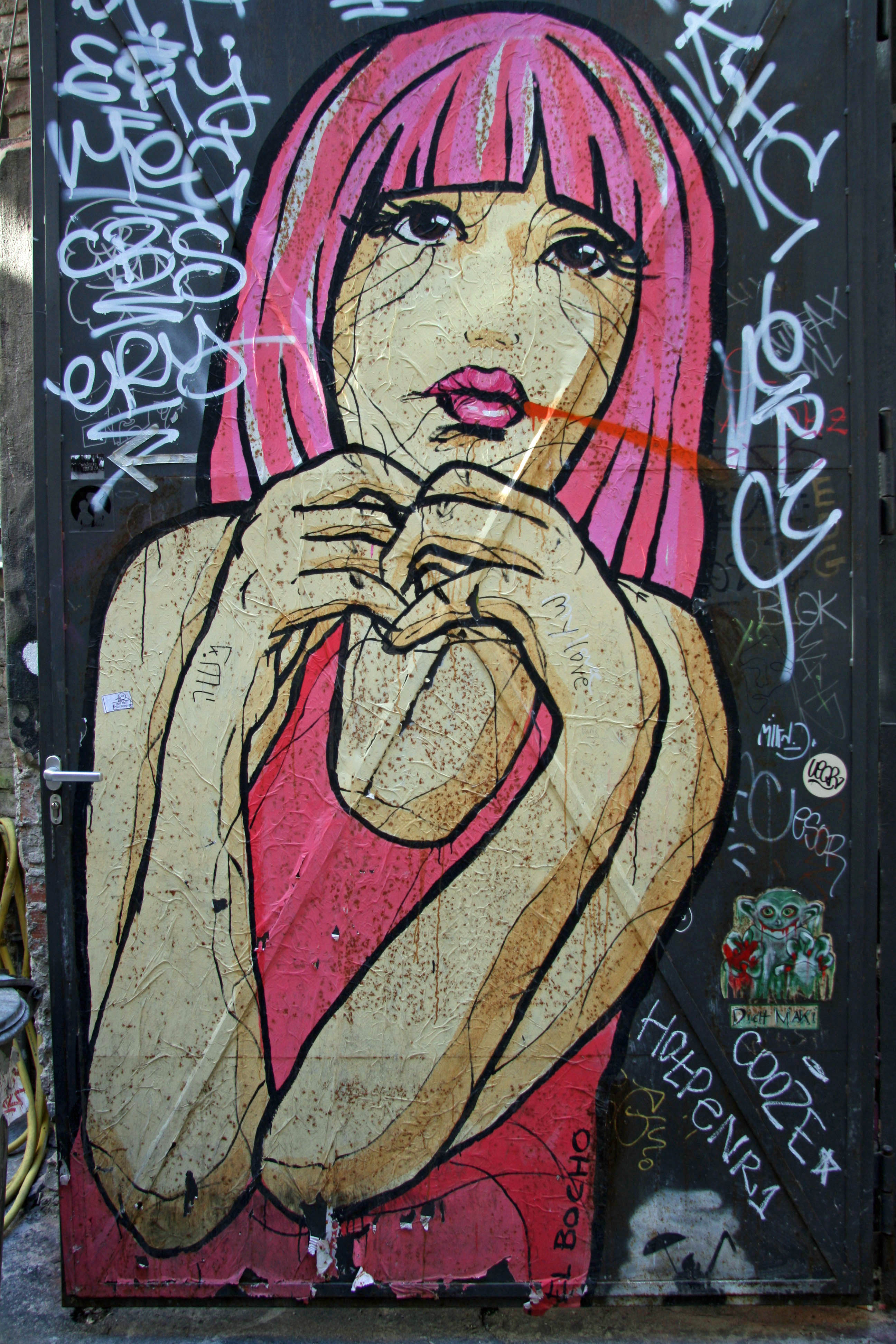 Pretty in Pink: Street Art by El Bocho in Berlin