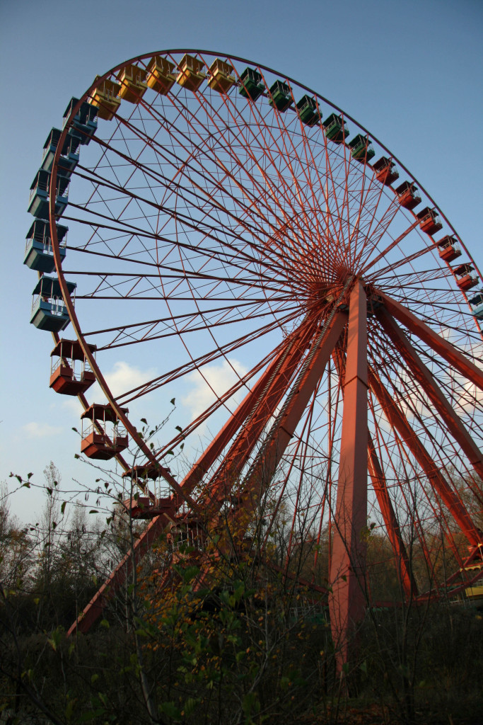 The Ferris Wheel (Riesenrad) at Spreepark Plänterwald, an abandoned Theme Park in Berlin