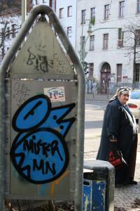 Blue: Street Art by Mister MN in Berlin