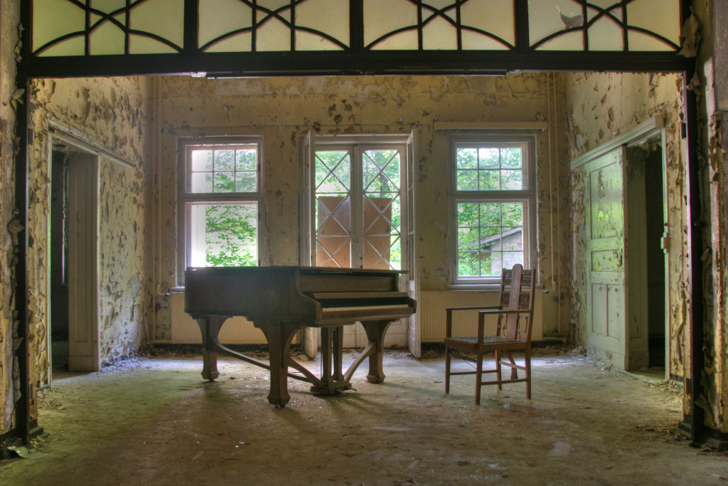 The piano at Sanatorium E near Potsdam