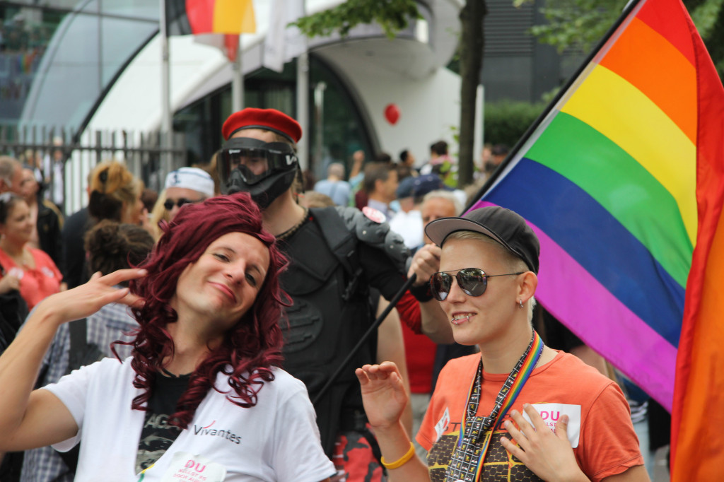 Preening: A redhead enjoys the attention at the Christopher Street Day Parade (CSD) in Berlin