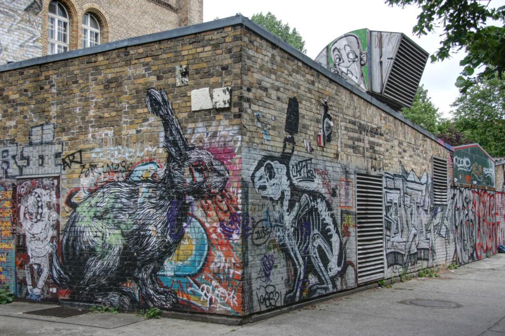 Rabbit Rabbit: Street Art by ROA in Berlin's Kreuzberg shows a rabbit and an X-Ray view