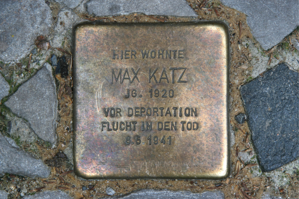 Stolpersteine 103b: In memory of Max Katz (Dieffenbachstrasse 45) in Berlin