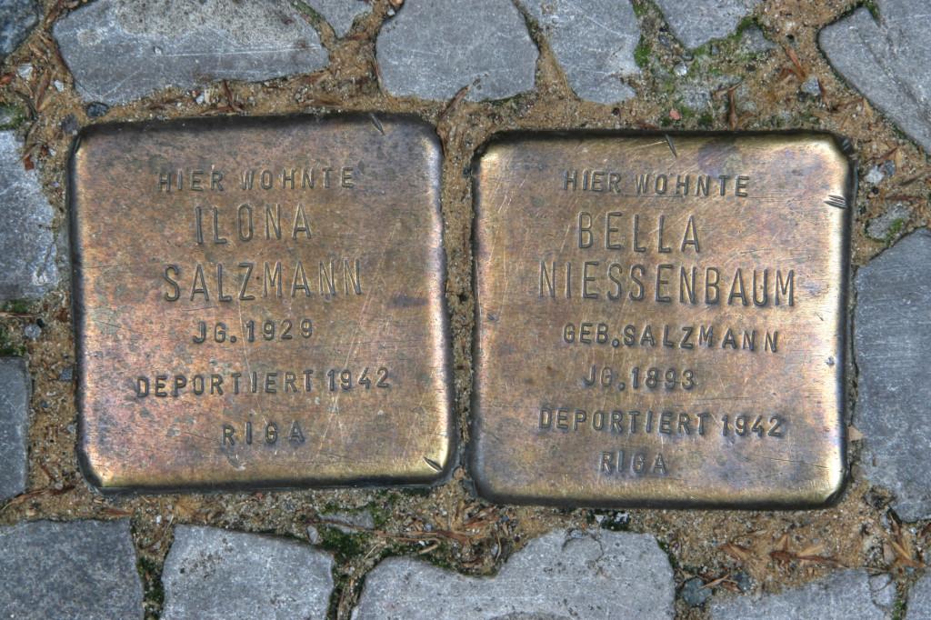 Stolpersteine 103c: In memory of Ilona Salzmann and Bella Niessenbaum (Dieffenbachstrasse 45) in Berlin
