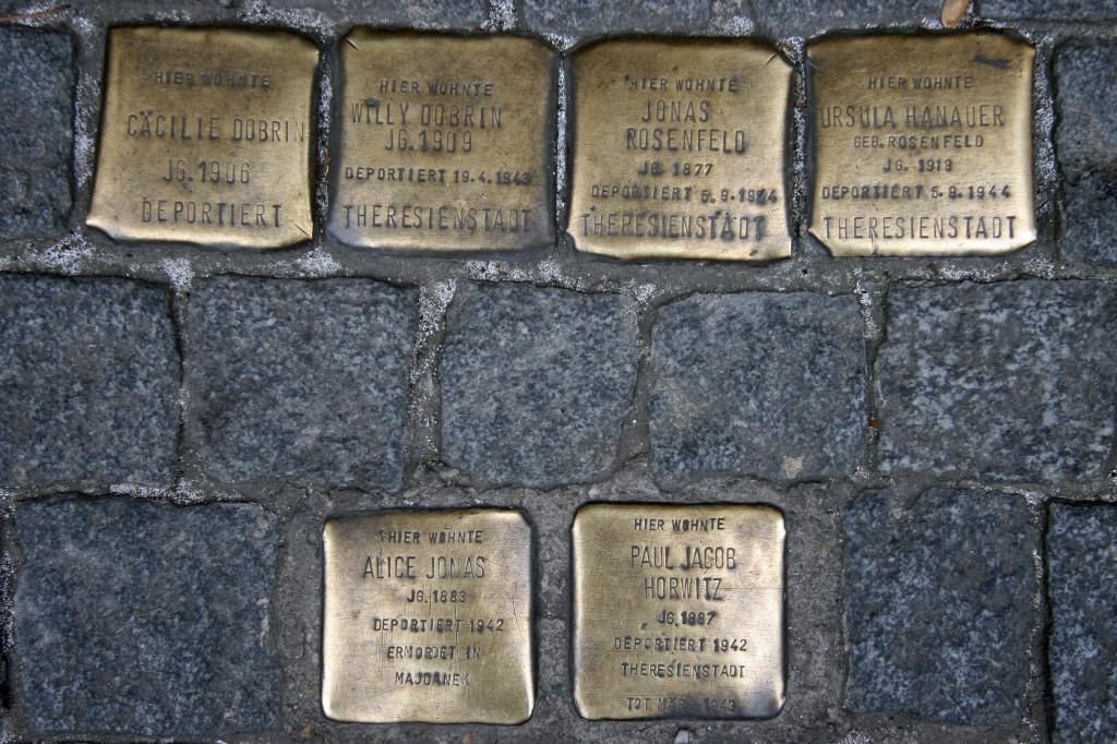 Stolpersteine 99: In memory of Cäcilie Dobrin, Willy Dobrin, Jonas Rosenfeld, Ursula Hanauer, Alice Jonas and Paul Jacob Horwitz (Dresdener Strasse 15) in Berlin