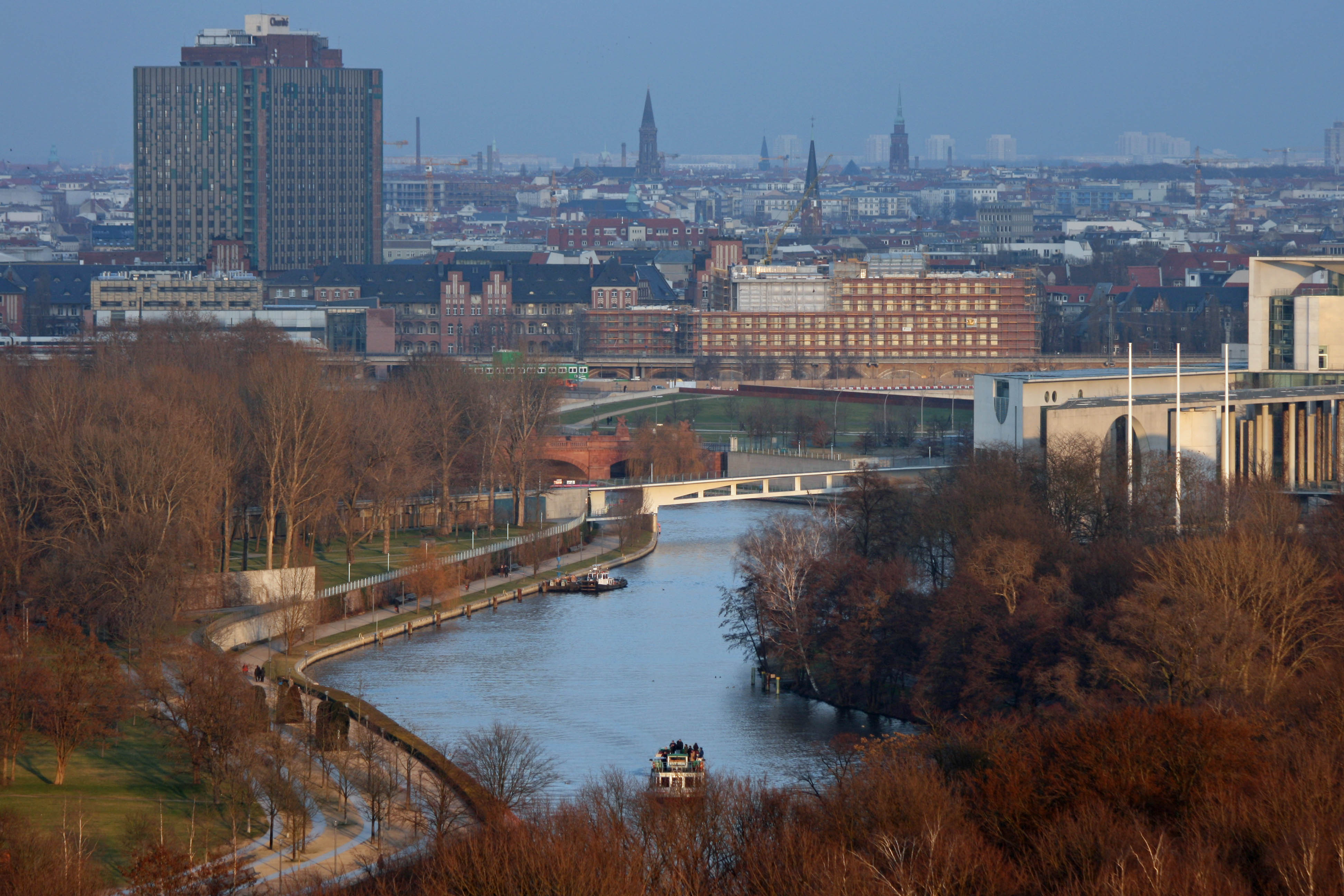 The view over The Spree and Tiergarten from the Siegessäule (Victory Column) in Berlin