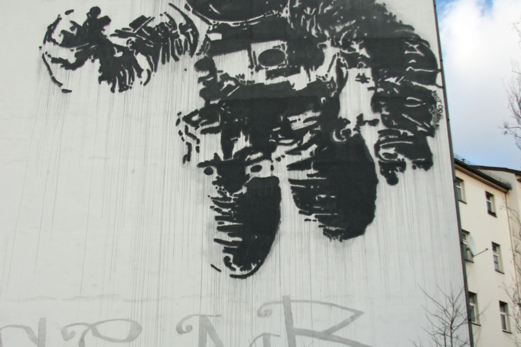 Astronaut (Spaceman): Street Art by Victor Ash in Berlin