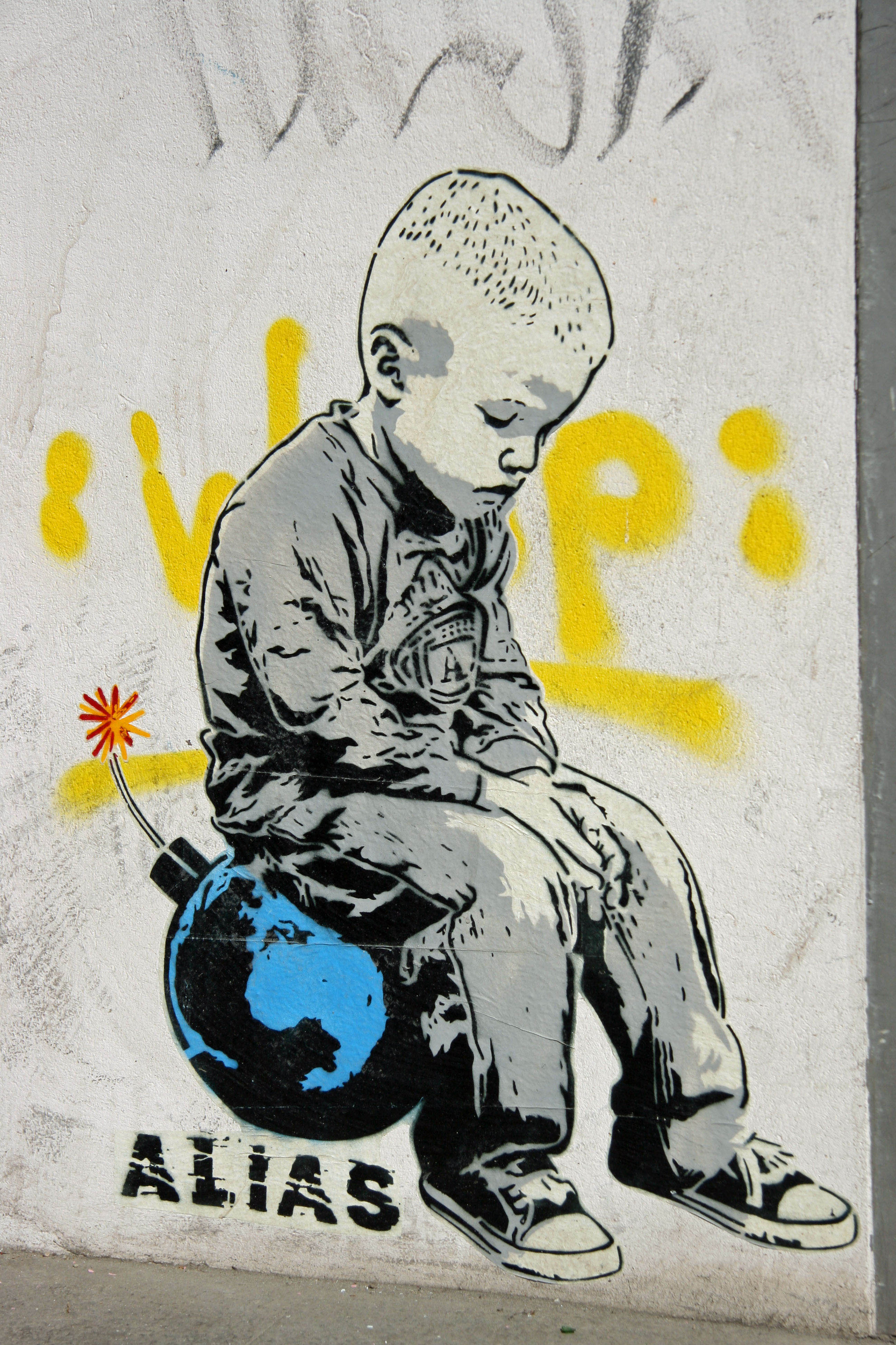 Bomb The World: Street Art by ALIAS in Berlin