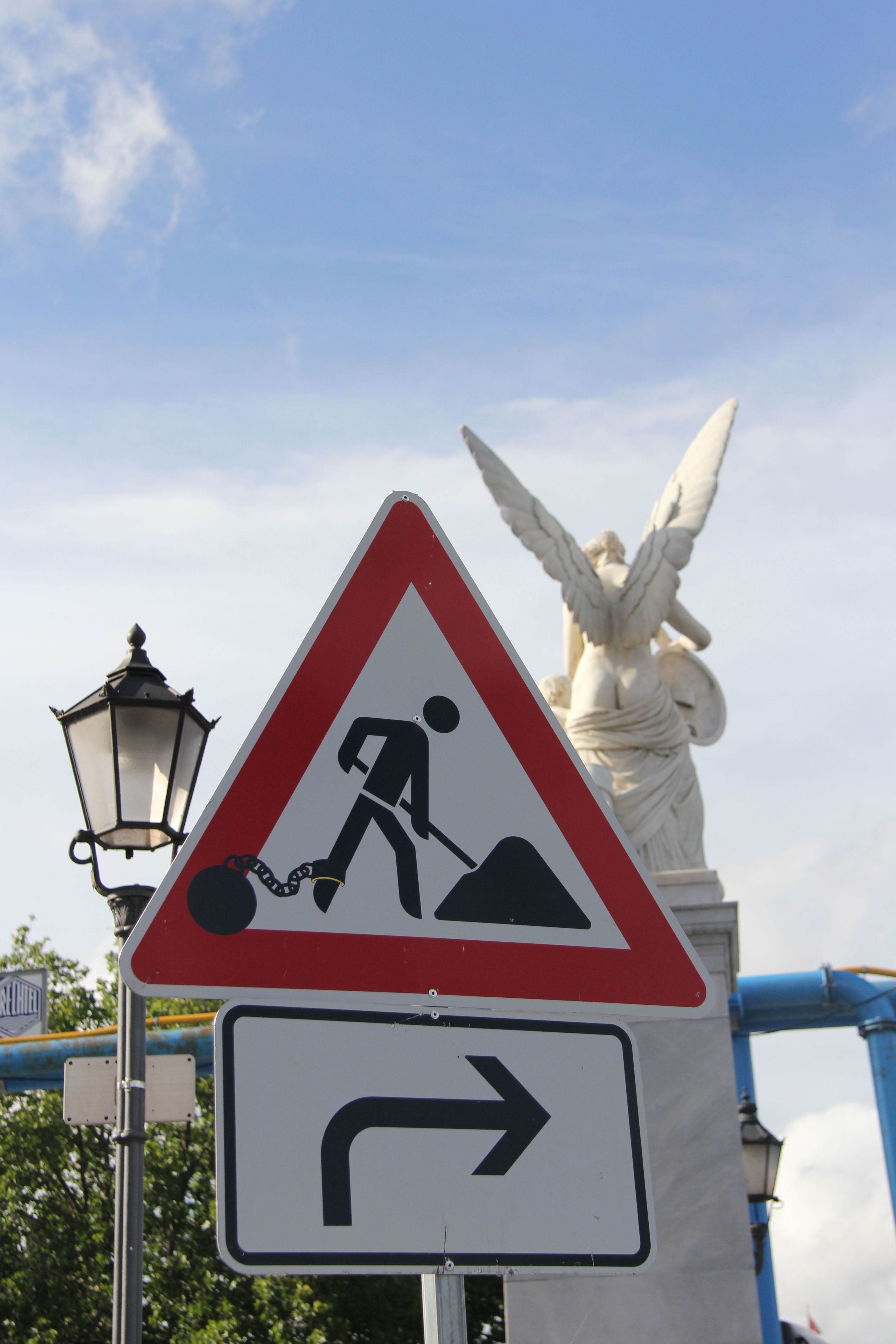 The Old Ball And Chain - Street Art by CLET (Clet Abraham) on a Roadworks street sign in Berlin