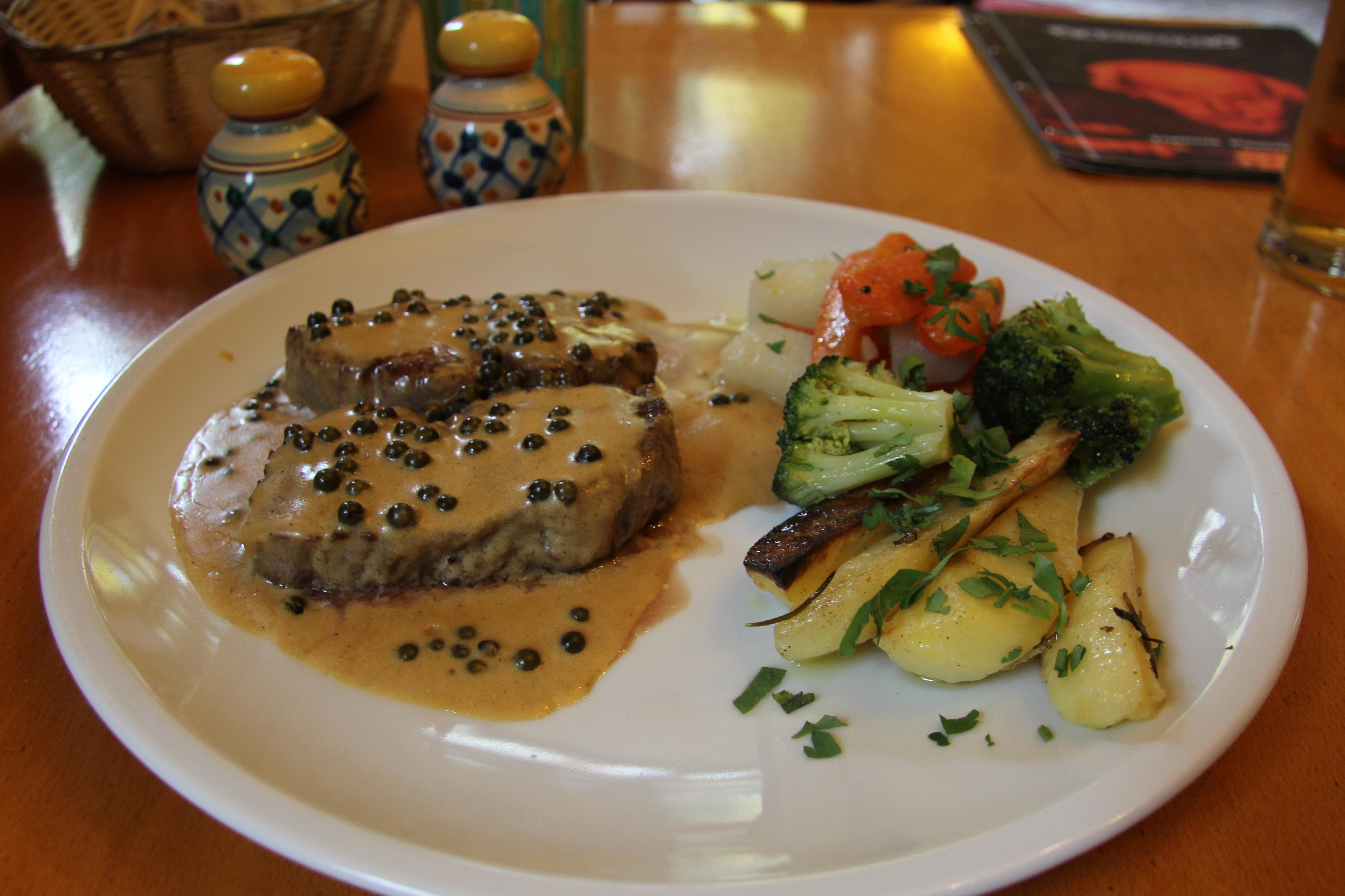 Filetto Al Pepe Verde (Fillet Steak in green peppercorn sauce) at Cenacolo, an Italian restaurant in Prenzlauer Berg in Berlin