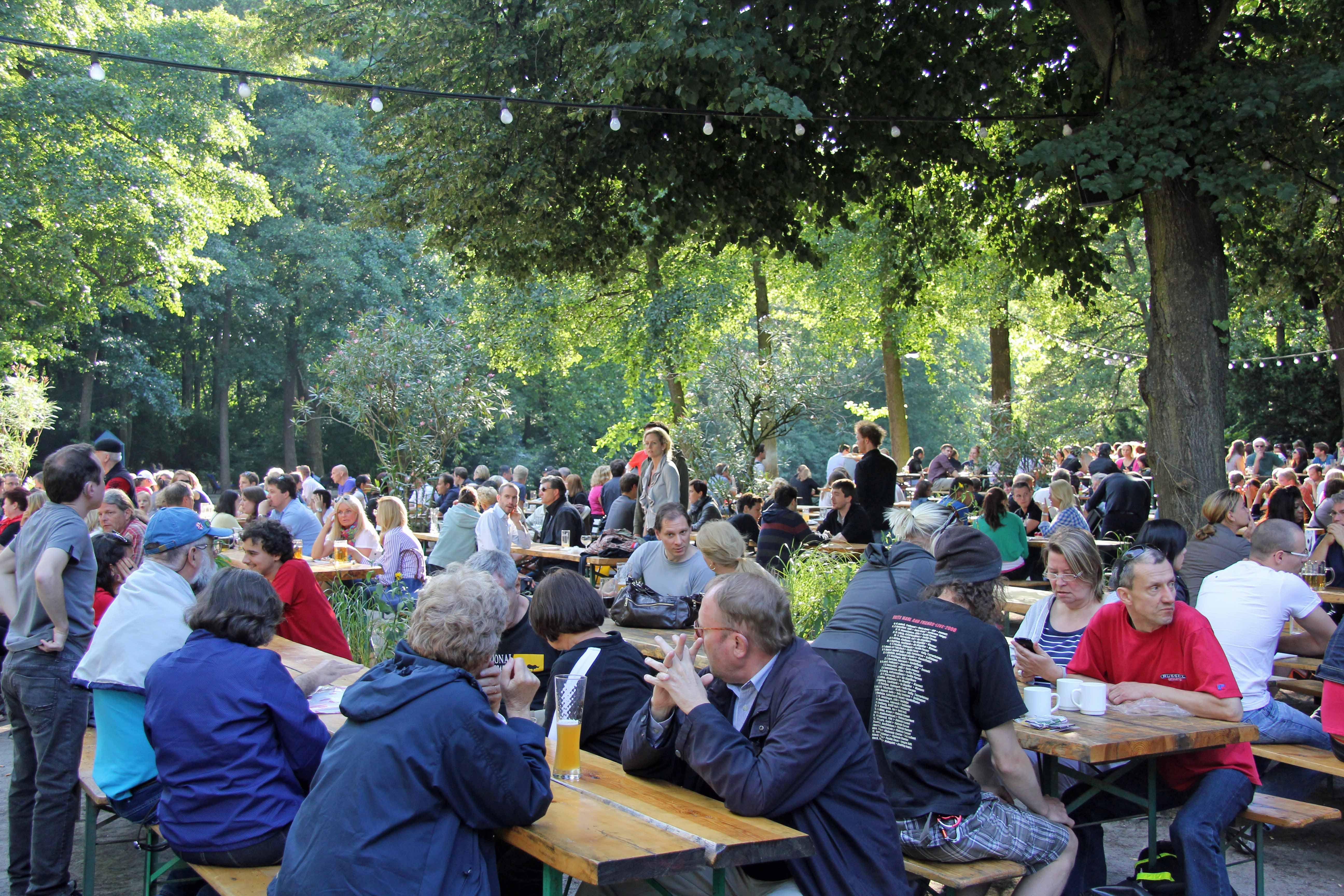People in the Biergarten of Café am Neuen See in the Tiergarten in Berlin