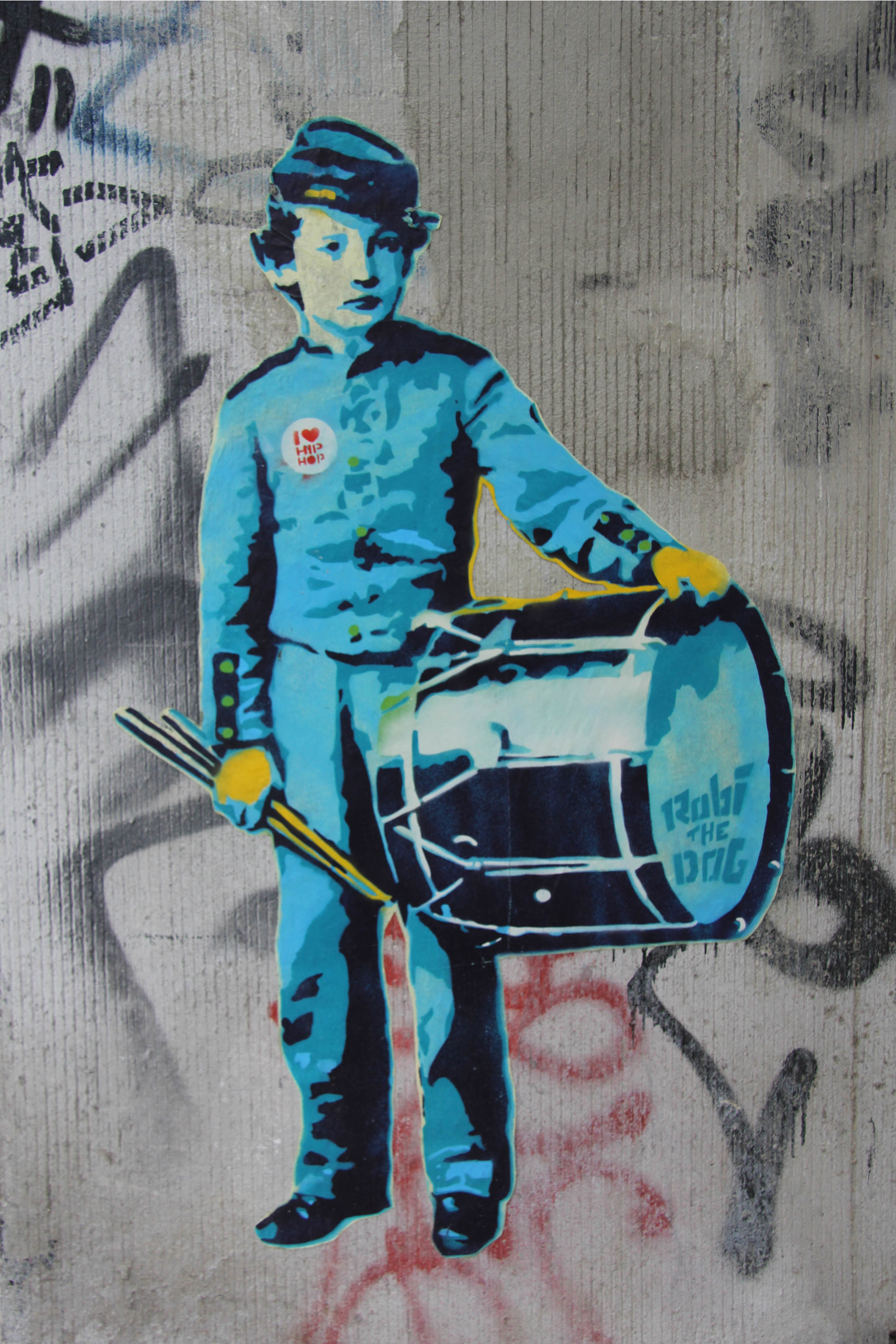 Drummer Boy: Street Art by Robi The Dog in Berlin