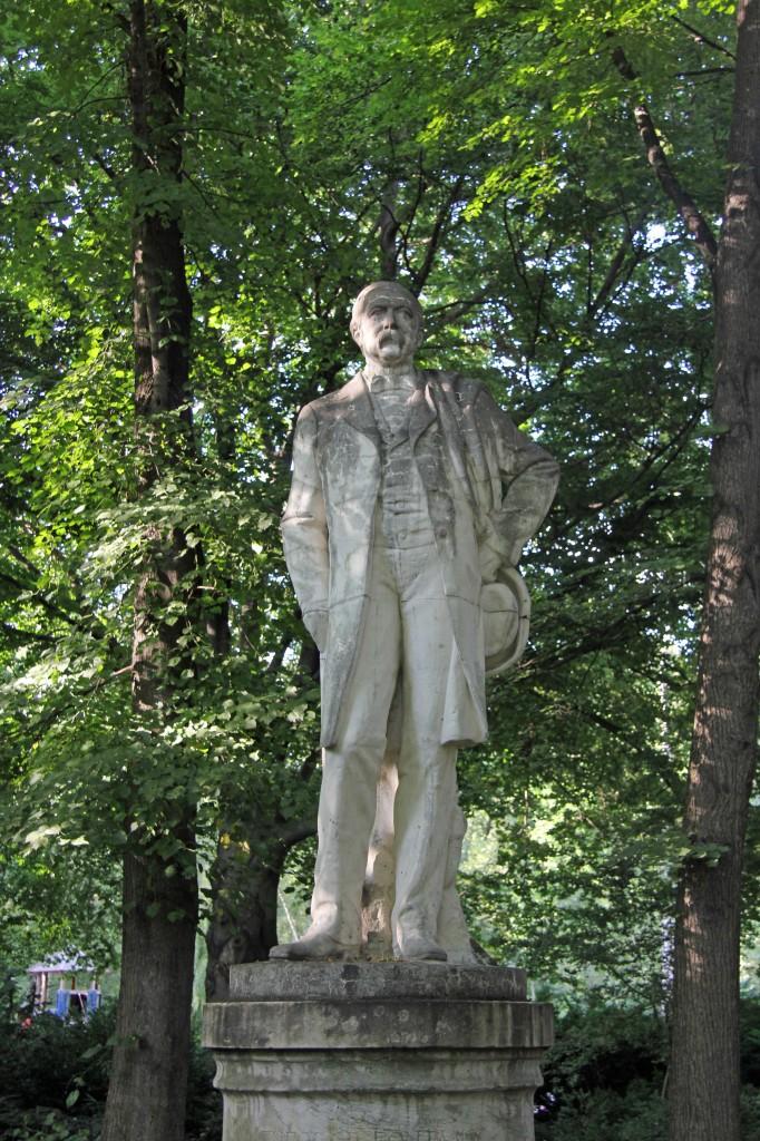 A statue of Richard Wagner in the Tiergarten in Berlin