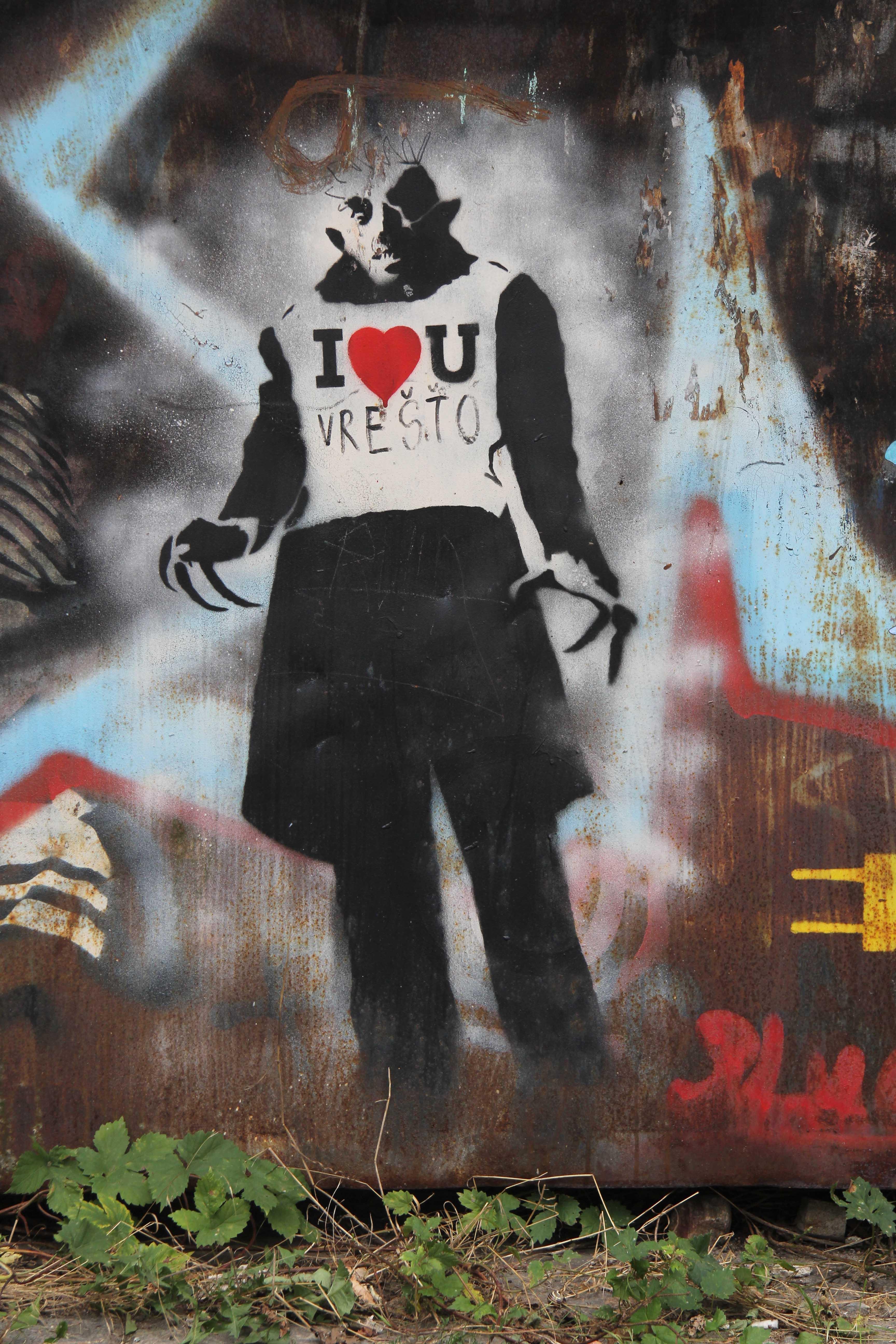 I <3 U (Don't Be Scared): Street Art by Unknown Artist in Berlin