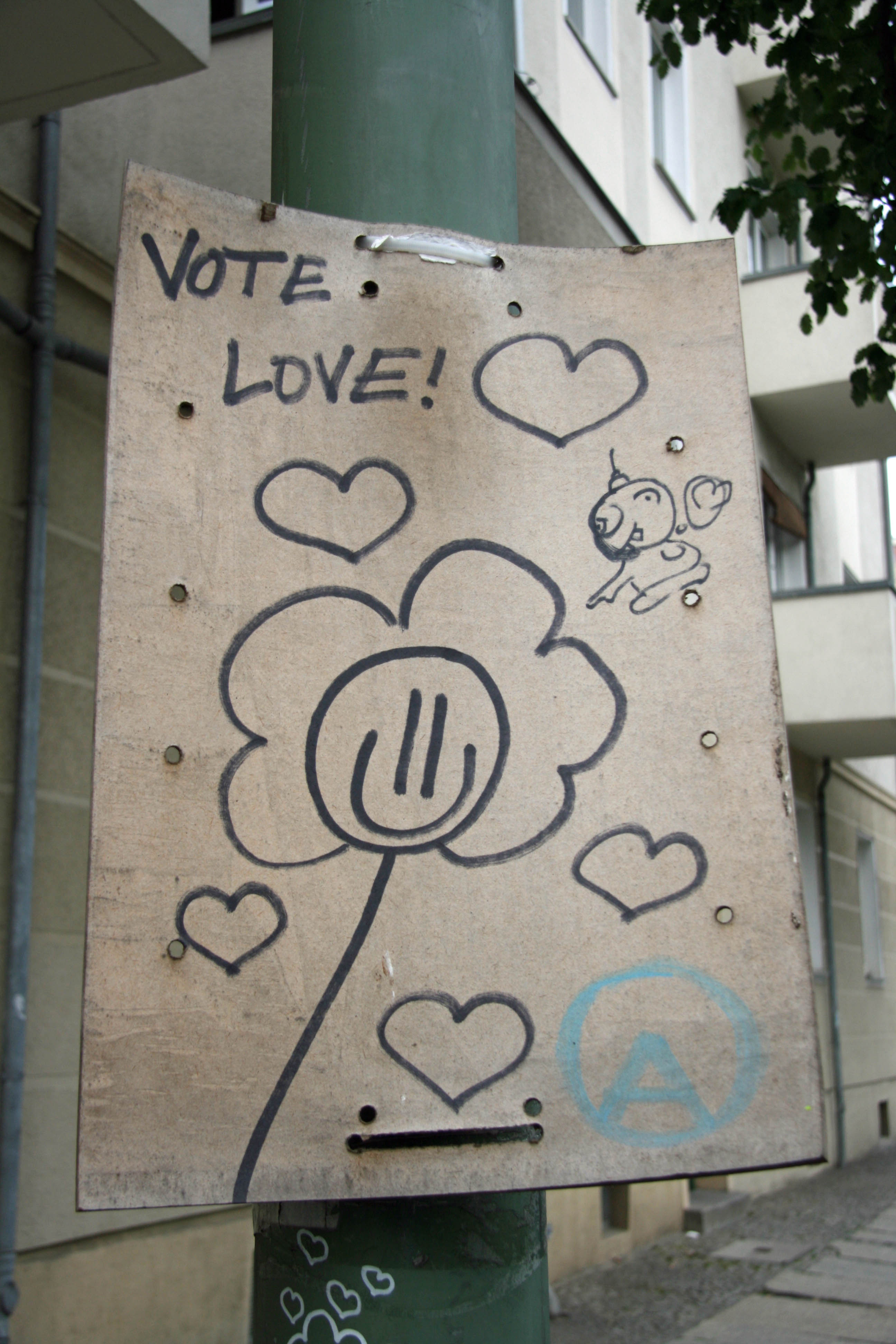 Vote Love: Street Art by Unknown Artist in Berlin