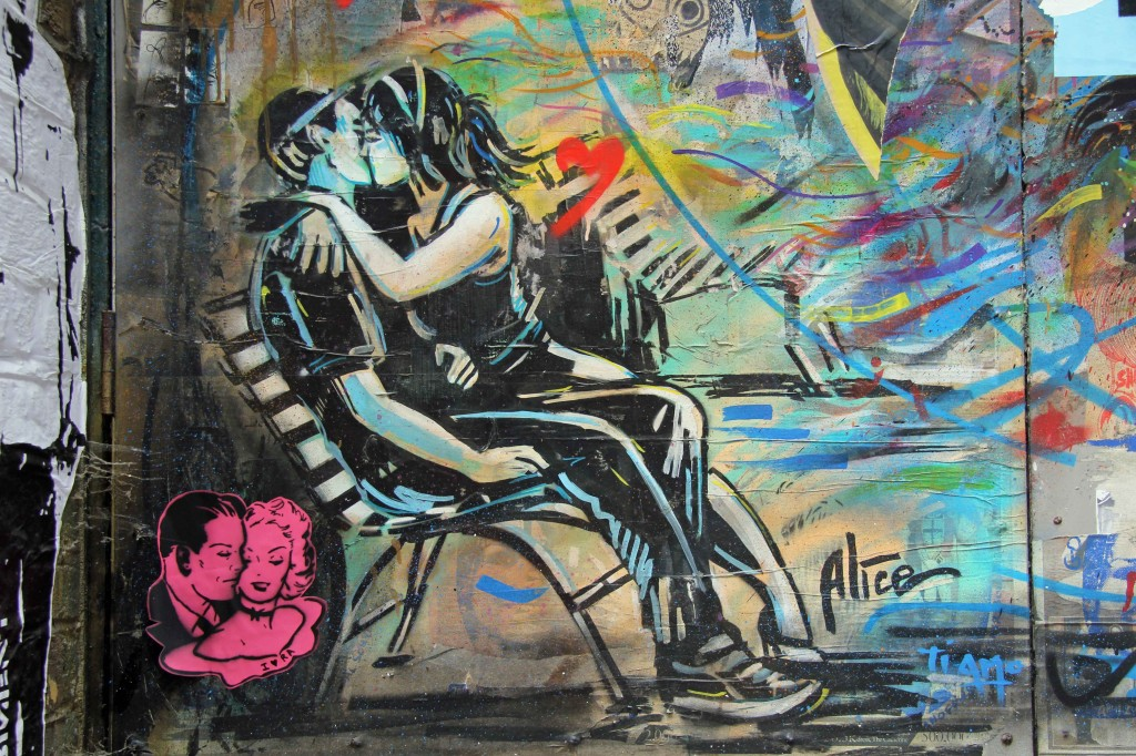 Kissing Couple on a Bench - Street Art by Alicé in East London