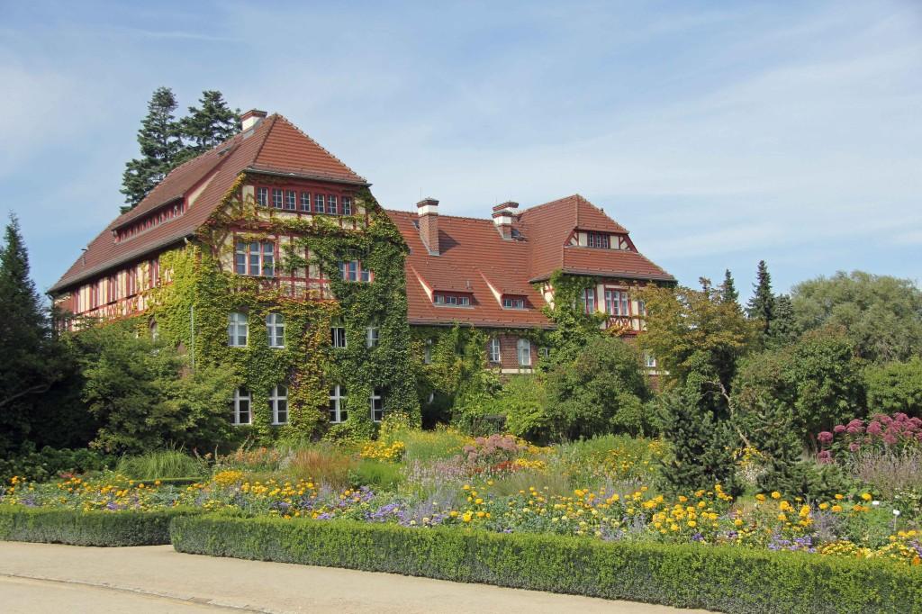 A house at the Botanical Garden (Botanischer Garten) in Berlin