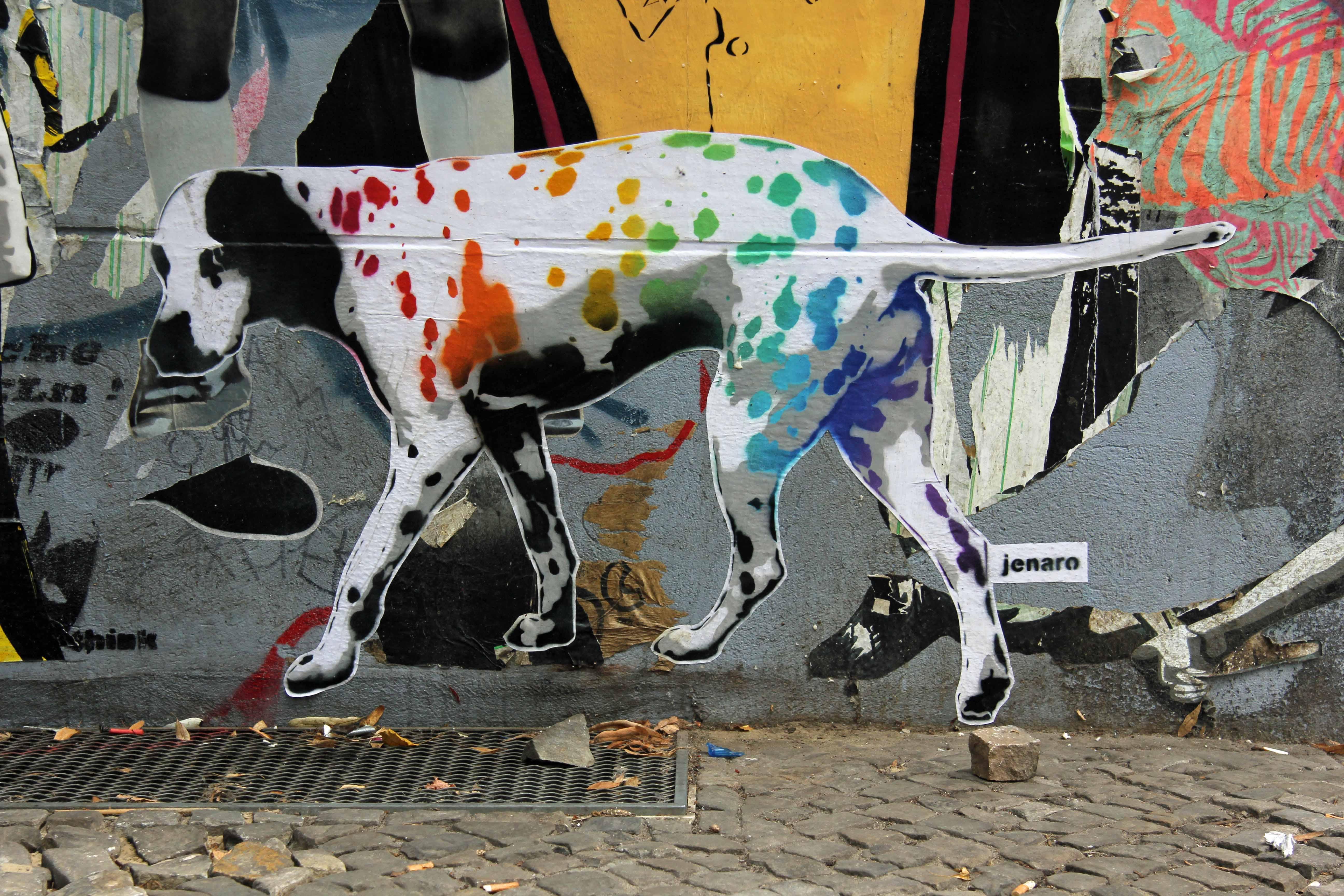 BEKANNT WIE EIN BUNTER HUND: Street Art by Jenaro in Berlin