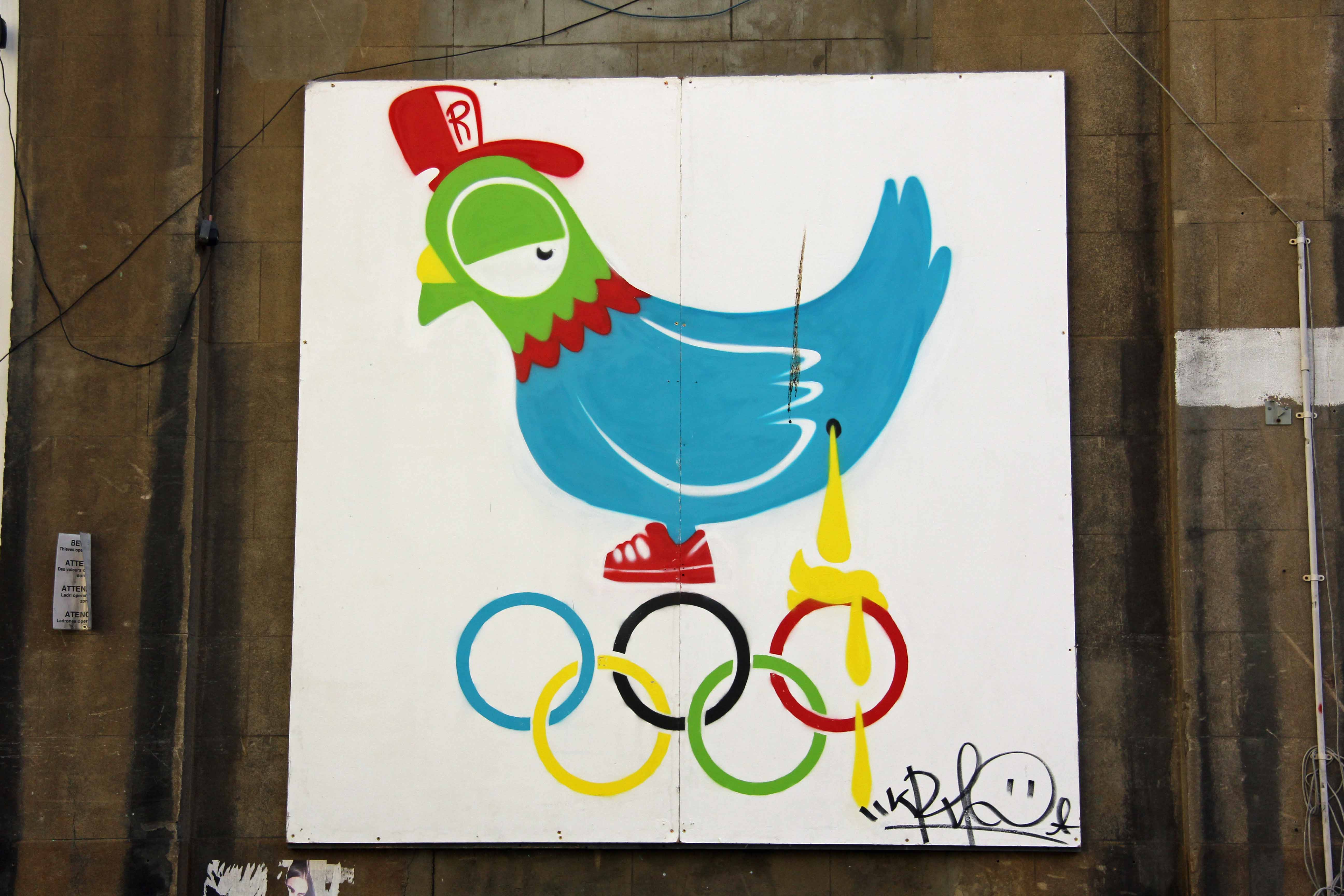 Dirty Bird: Olympic inspired Street Art by Ronzo in London