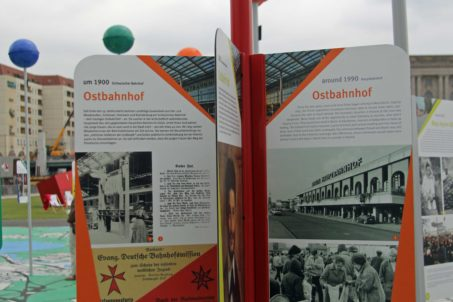 A Berlin story on one of the pins on the map on the Schlossplatz, the City of Diversity Exhibit part of Berlin's 775th Anniversary celebrations