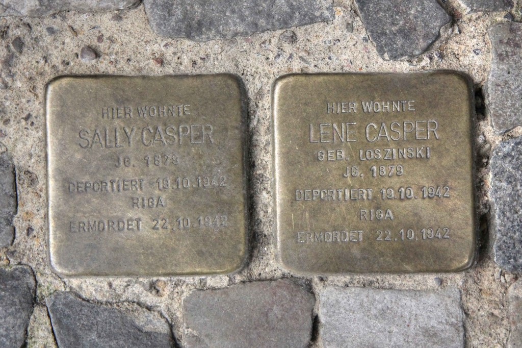 Stolpersteine 130: In memory of Sally Casper and Lene Casper (Chodowieckistrasse 8) in Berlin