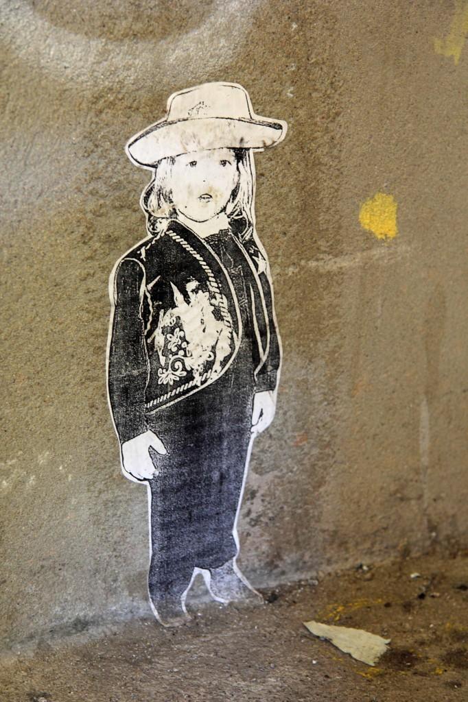 Little Girl: Street Art by Unknown Artist in Berlin