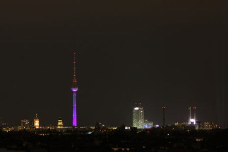 rp_berlin-skyline-at-night-from-neukc3b6lln-arcaden-1024x682.jpg