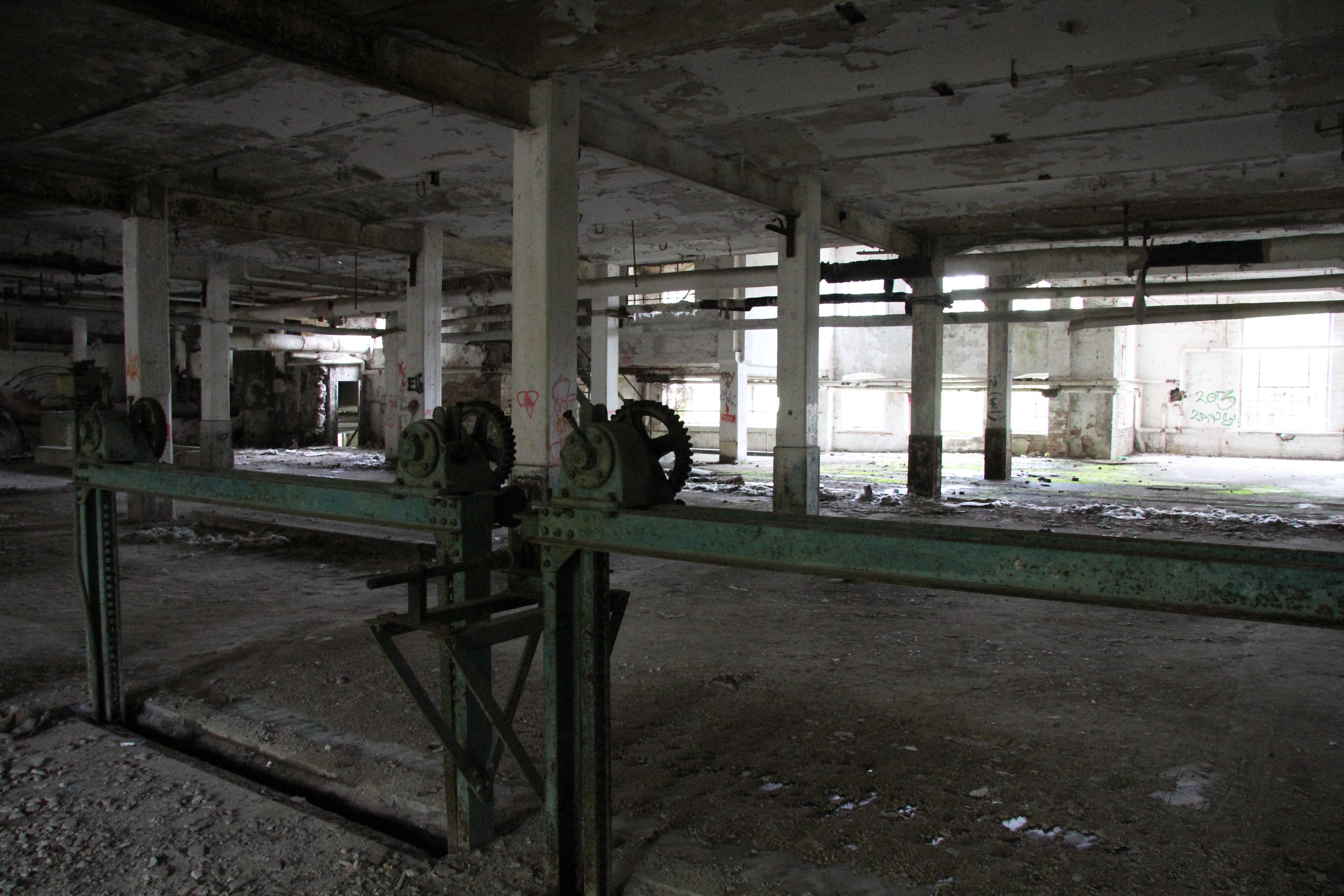 Machinery at Papierfabrik Wolfswinkel, an abandoned paper mill near Berlin