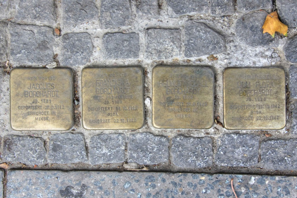 Stolpersteine 132a: In memory of Jacques Borchardt, Franziska Borchardt, Helmut Michael Borchardt and Lilli Flora Borchardt (Pallasstrasse 12) in Berlin